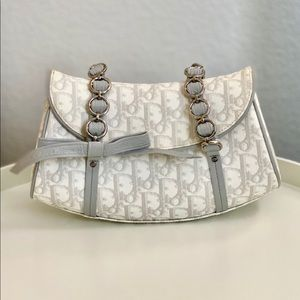 Authentic Dior vintage purse, great condition
